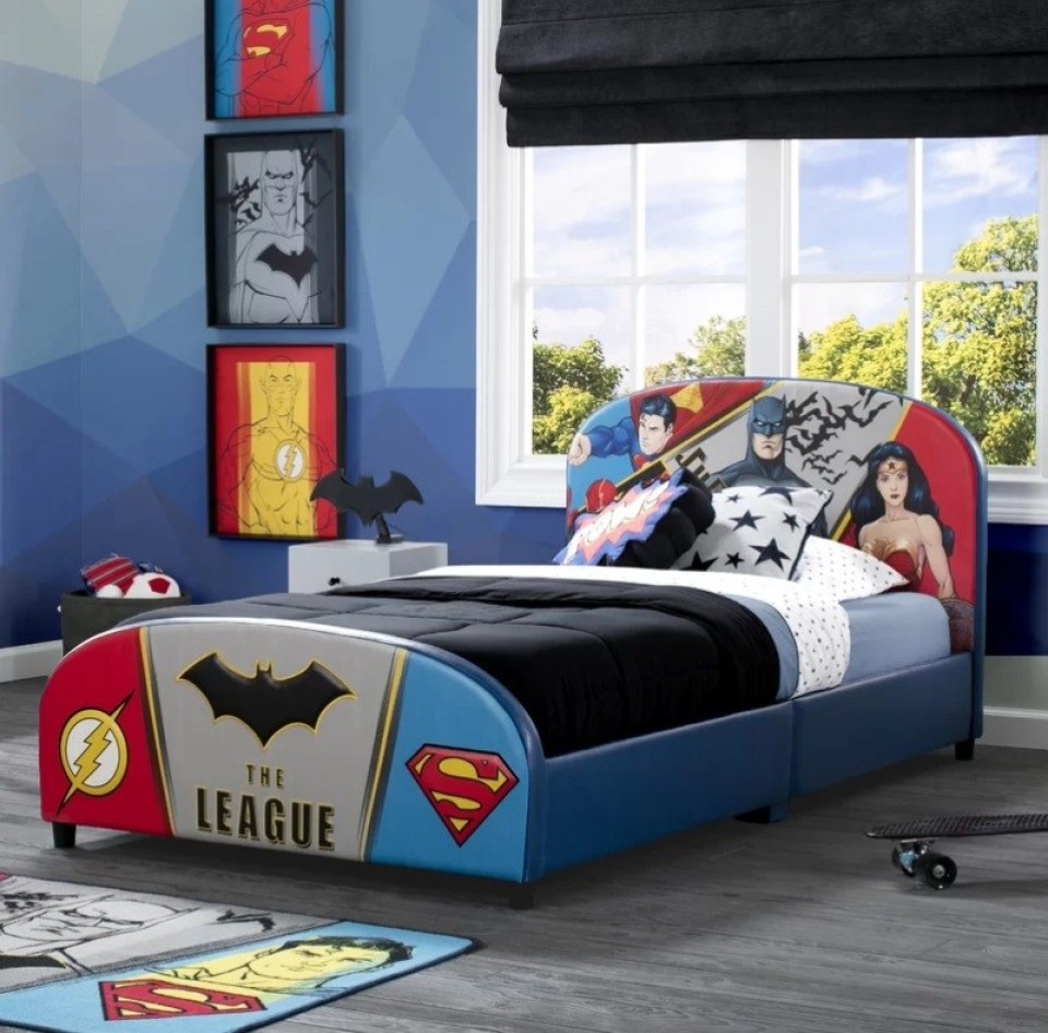 Top các mẫu giường ngủ siêu nhân đẹp mắt cho phòng ngủ bé trai